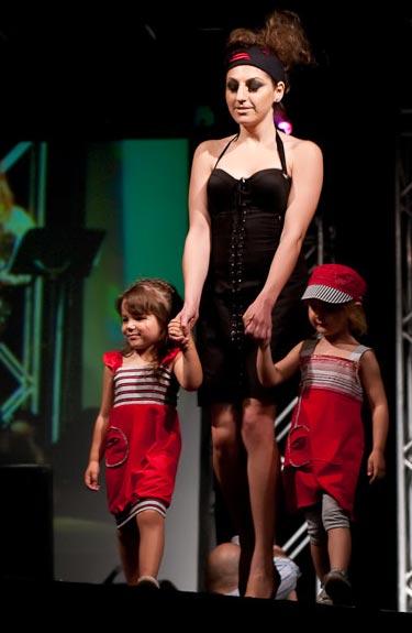 Vêtements pour enfants, créations Dicha
