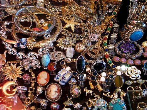 Les bijoux du Chat Perlé