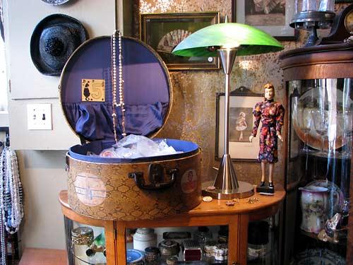 Précieux objets au Chat Perlé